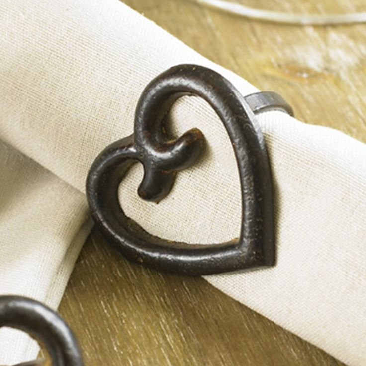 Made from Wrought Iron which is finished in an antique brown, these heart shaped napkin rings will be the perfect addition to any dressed table. With a versatile design that will suit all home decor and will subtly add glamour to any occasion.