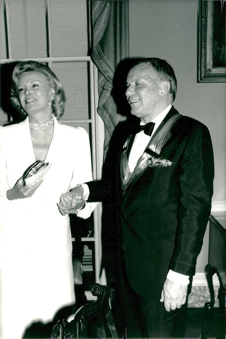 Frank and Barbara Sinatra attending the Kennedy Center Honors. December 4, 1983.