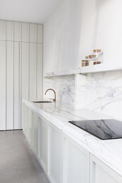 Cucina in verde menta e marmo bianco classico   ARC ART blog by ...