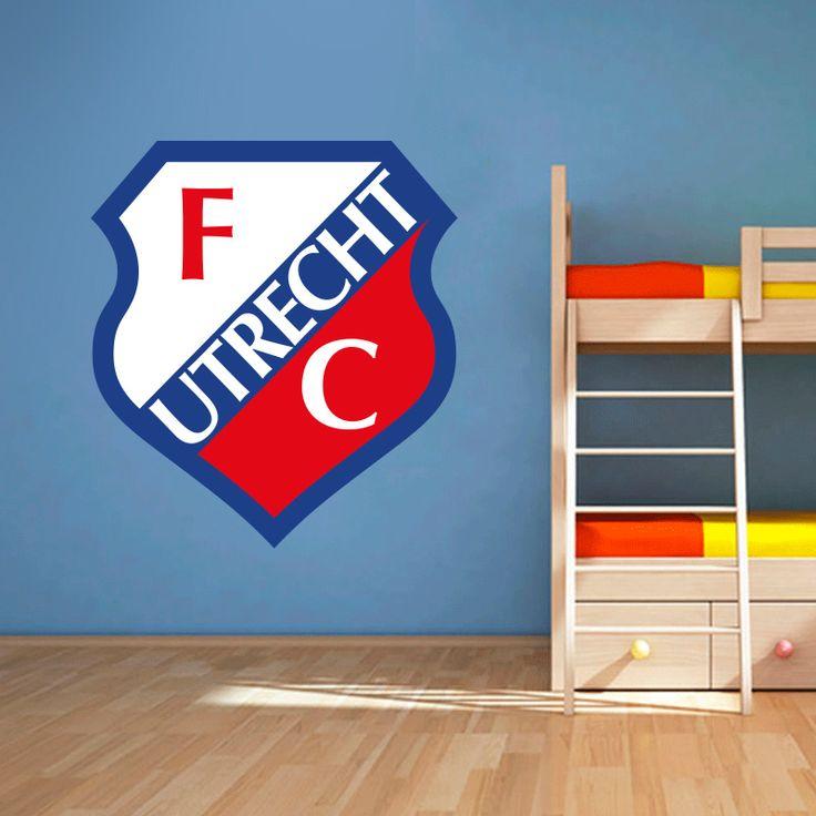 Muursticker FC Utrecht   Vrolijk die ene saaie muur op met een muursticker! Gemaakt van vinyl en gemakkelijk aan te brengen. Bekijk snel onze collectie! #muur #sticker #muursticker #slaapkamer #interieur #woonkamer #kamer #vinyl #eenvoudig #voordelig #goedkoop #makkelijk #diy #fcutrecht #utrecht #logo #embleem #voetbal #sport #club #supporter #jongenskamer