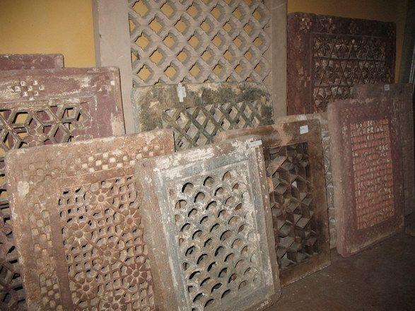 http://www.virano.it/images_elem.architettonici/materiale%20vario/EA06.jpg