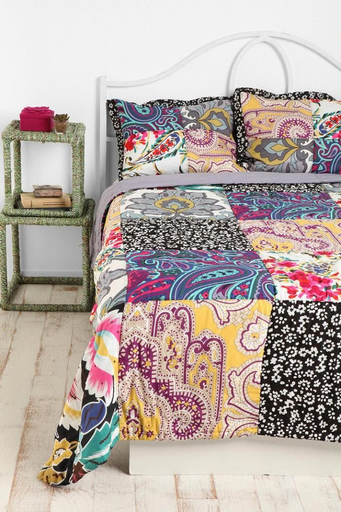 les 25 meilleures id es de la cat gorie couverture en patchwork sur pinterest motifs faciles. Black Bedroom Furniture Sets. Home Design Ideas