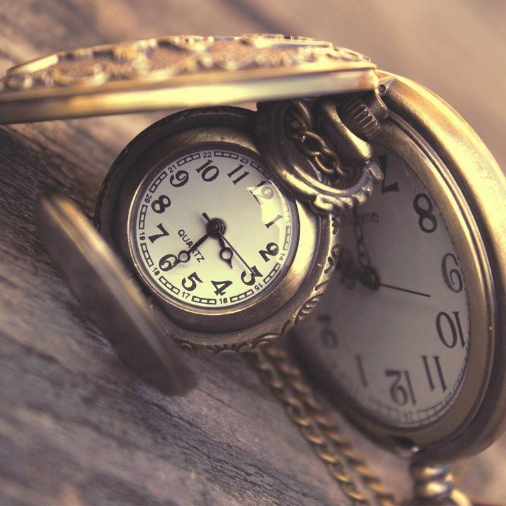 Vintage Clocks Close Up