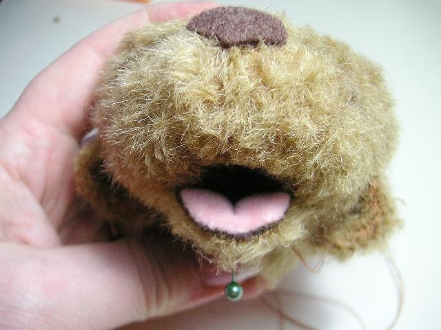 Teddy Bears Tutorials: Open mouth...(got to try this one day...miniature scale!)....