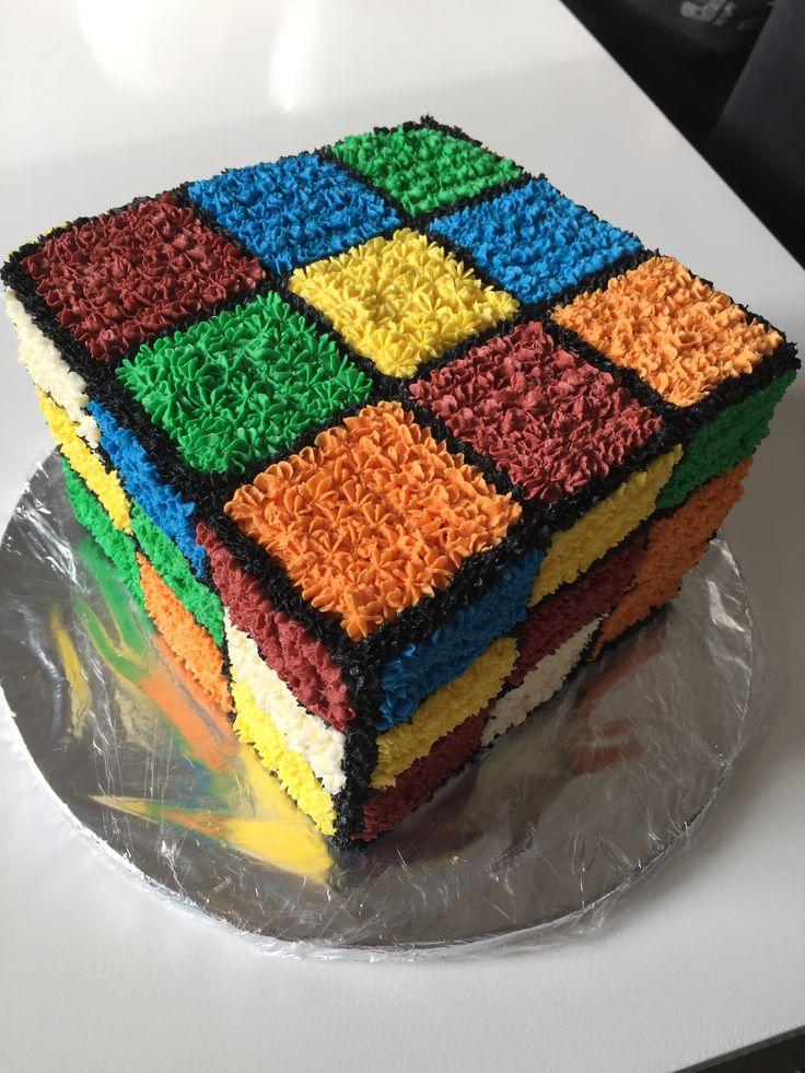 DIY Rubrics cube cake