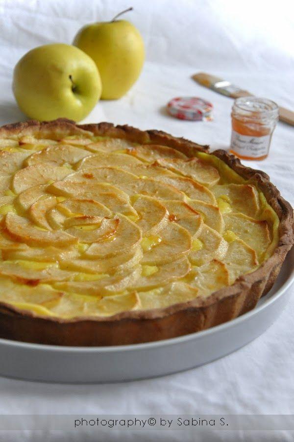 Crostata di mele con crema pasticcera
