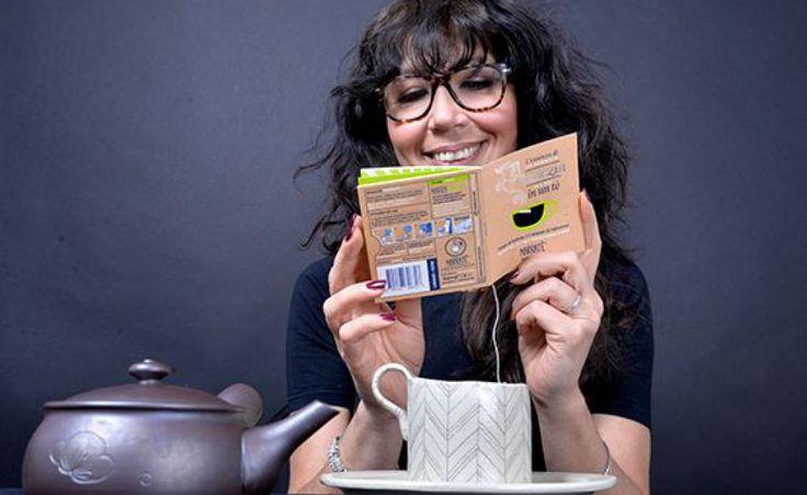 Una start up italiana ha creato Narratè, una bustina di tè abbinata a un piccolo libro in grado di essere letto in 5 minuti, così da valorizzare il tempo dell'infusione