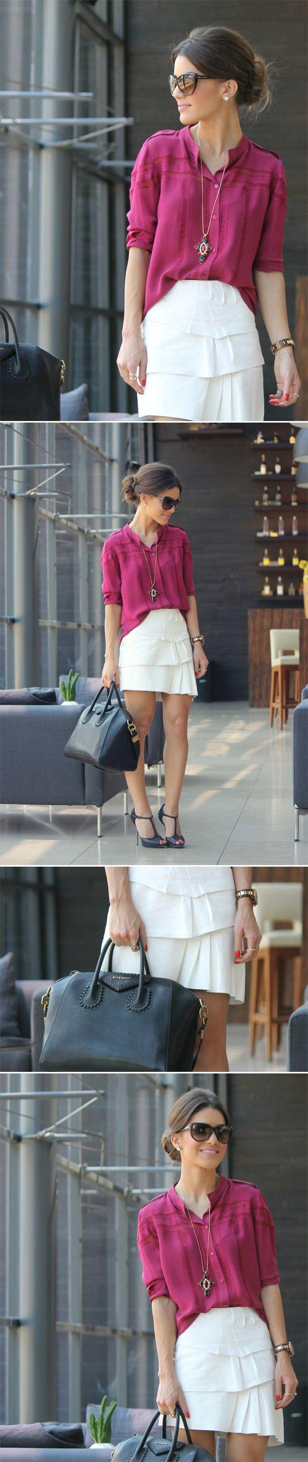 Camisa colorida com saia branca