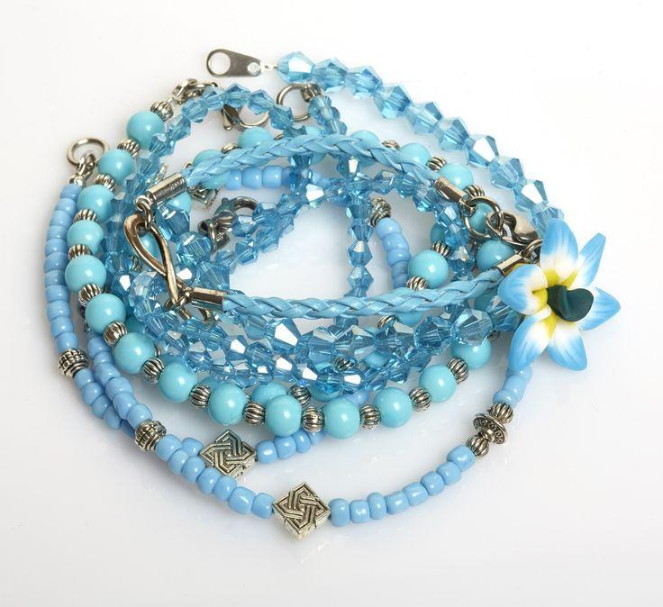Armband mit Glasschliffperlen, Glasperlen, Fimoblume, Leder und Silberelemente