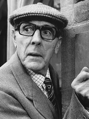 Eric Sykes as Louis Larkin from the Obernewtyn Chronicles