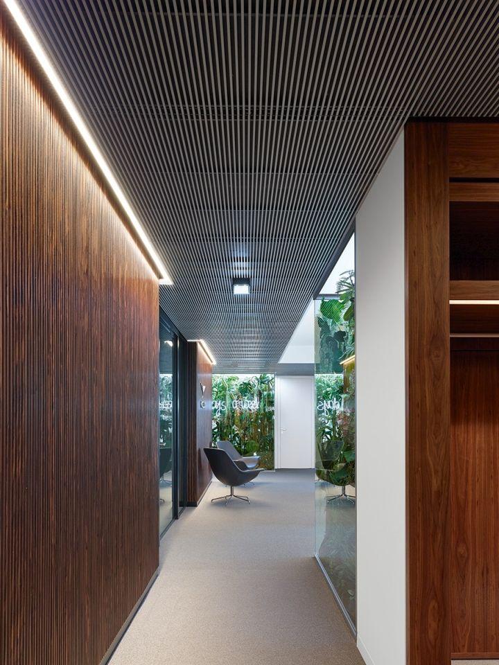 Phoenix Real Estate Office By Ippolito Fleitz Group Frankfurt Germany Retail Design Blog