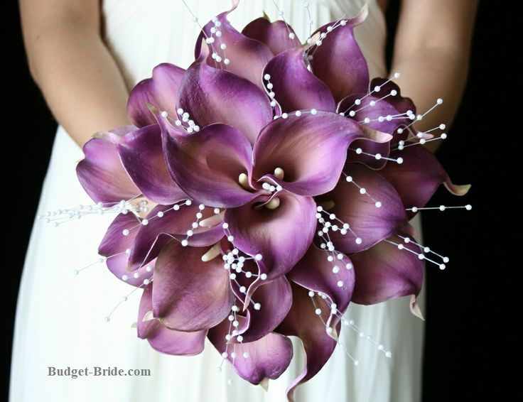 Purple Calla Lily Wedding Flowers | Wedding Ideas - that is trippy looking