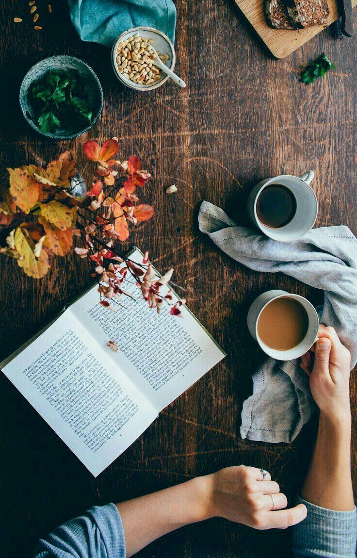 Autumn, books and coffee