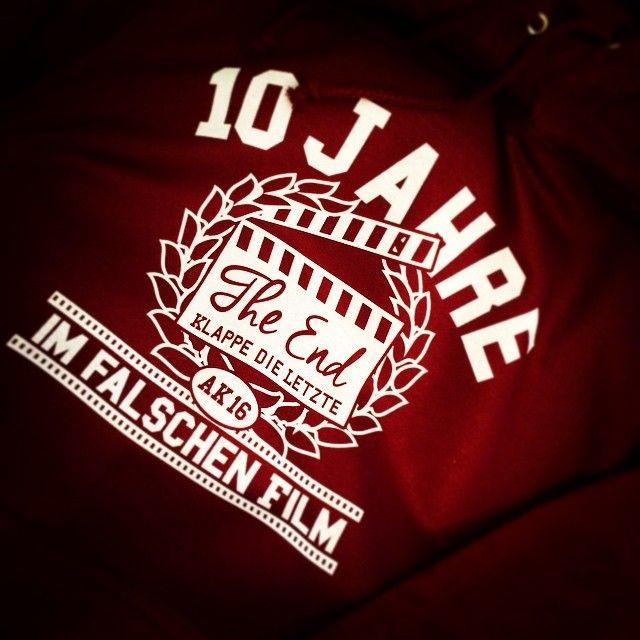 #abschlusspulli #abschluss2016 #abschlussfahrt #abschlussshirt #ak16 #10jahreimfalschenfilm #shirtsndruck