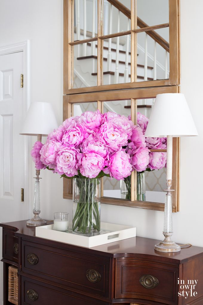 Decorate The House With Artificial Flowers for Your Home Inspiration #homedecor #flower #homeideas