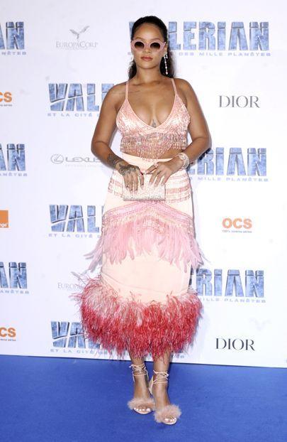 La Valériane de Rihanna et la ville d'une garde-robe à Miles's Planets | British Vogue