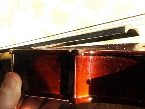 "Identifying a poorly made violin (or ""VSO""---""Violin Shaped Object"")."