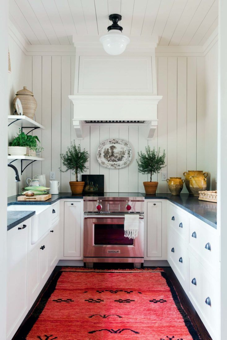 Step Inside A Family Hunt Camp With Images Charming Kitchen U