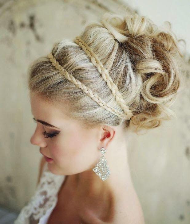 Madrinhas de casamento: Penteado de festa para madrinha e noiva