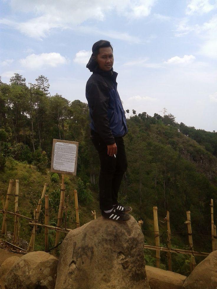 Life Is Enjoy And Very Fun: Terkadang, kita harus berdiri ketika berdiri itu t...