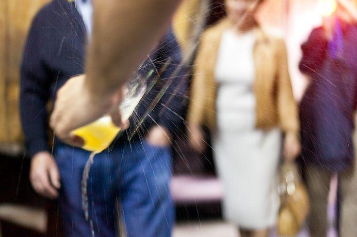Con el tiempo nos dimos cuenta de que abriendo las puertas de nuestra casa, cualquiera podría conocer y empaparse de nuestra cultura sidrera conseguir así, que puedan amar la sidra como nosotros la amamos desde la flor del manzano, hasta el culín mejor escanciado...Les ofrecemos diferentes posibilidades de visitar nuestra tradición y familia. #sidraturismo #visitas #experienciassidroturísticas