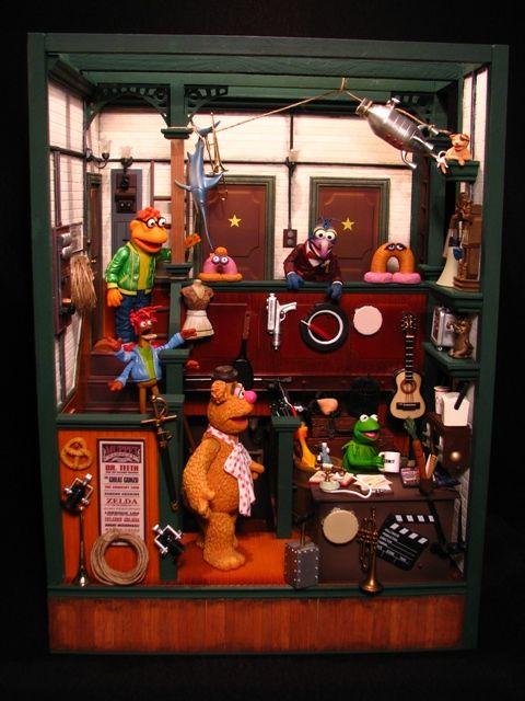 LANCE CARDINAL: Custom Palisades Muppet Show Backstage Playset!