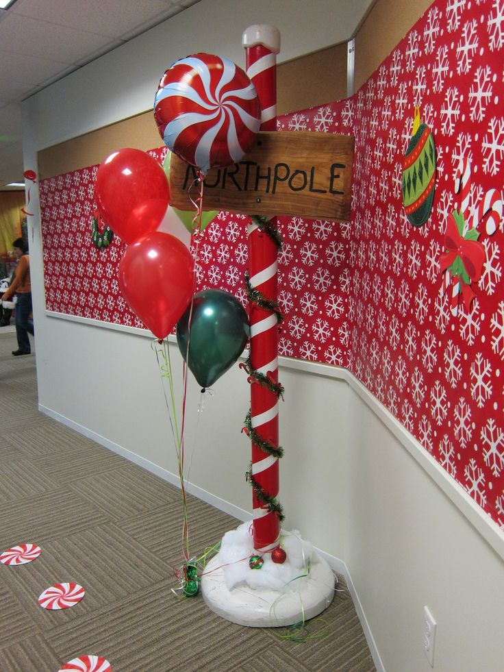 Decorating Ideas > 1000+ Ideas About Santas Workshop On Pinterest  Tissue  ~ 091232_Christmas Decorations For An Office Party