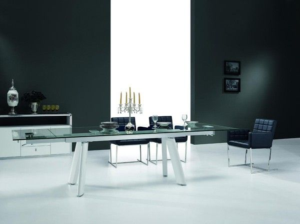 Vig Furniture   Modrest Draft Modern Extendable Glass Dining Table    VGEWD2046BLA