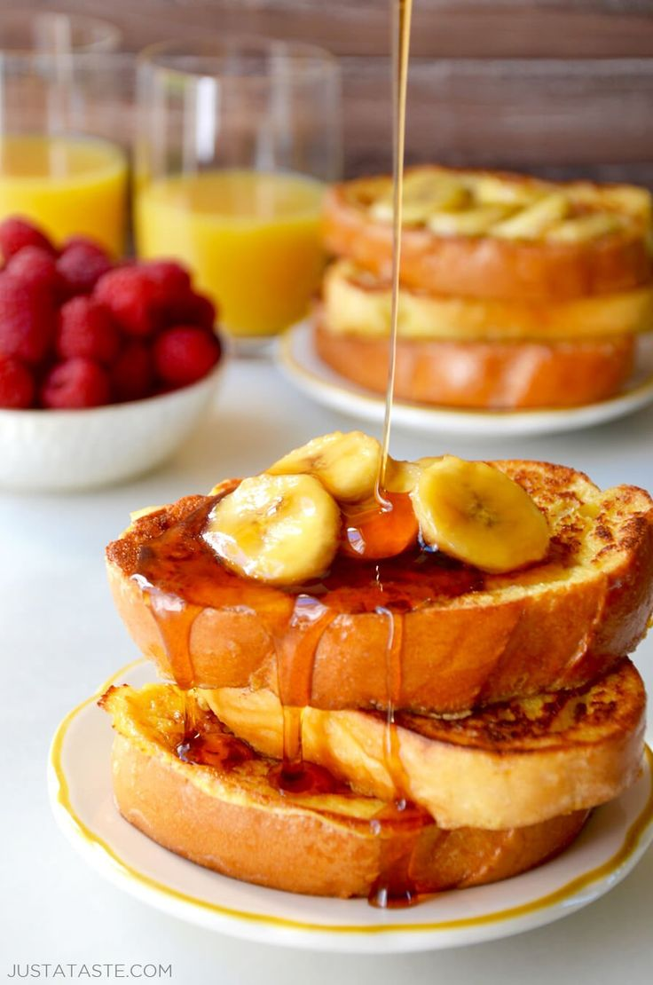 Easy French Toast with Caramelized Bananas recipe justataste.com #recipe
