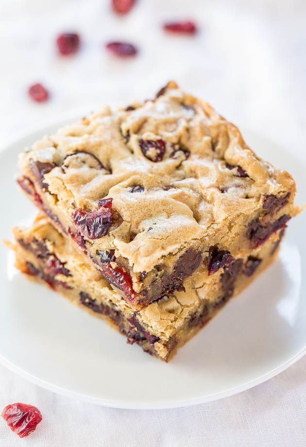 Cranberry Chocolate Chip Blondies - Super soft, buttery bars packed with chewy cranberries! And there's a chocolate overload in every bite!!
