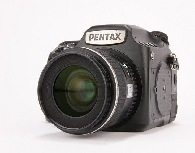 Pentax 645Z Review. Amateur photographer magazine http://www.amateurphotographer.co.uk/reviews/dslrs/pentax-pentax-645z