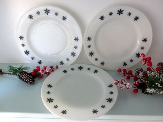 Vintage milk glass plate Snowflake Pyrex by thevintagemagpie01