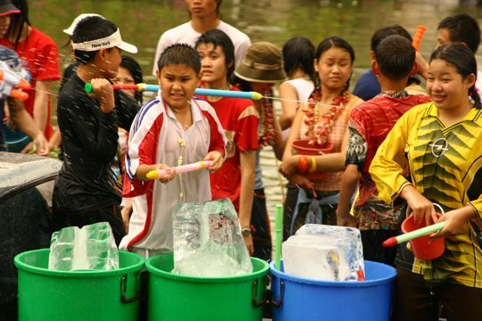 ice-water-songkran-thailand