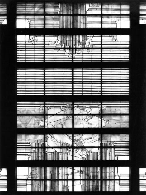 Ludwig Schaffrath - 1967  Schweinfurt - kath. Kirche St. Michael - Gesamtverglasung 220qm- Fenster an der Altarwand