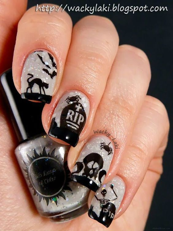116 best halloween nail art images on pinterest halloween nail 116 best halloween nail art images on pinterest halloween nail art holiday nails and nail designs prinsesfo Images
