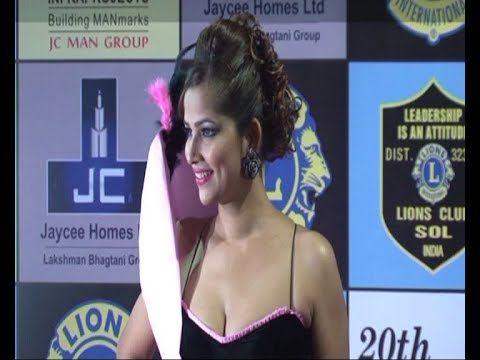 Tanisha Singh's wardrobe and fashion blunder at Lion Gold Awards.