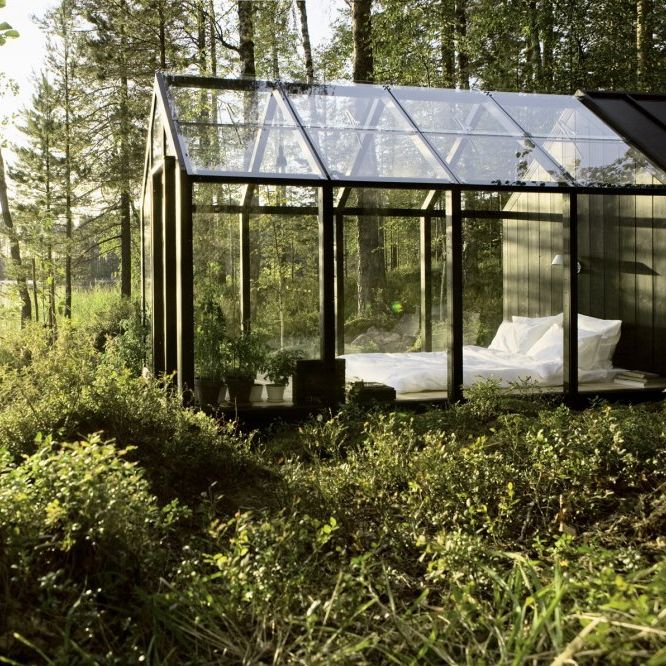 I love this bedroom. But, it has to be in the middle of nowhere.: Garden Sheds, Favorite Places,  Nursery, Dreams, Greenhouses,  Glasshous, Bedrooms, Gardens Sheds, Glasses Houses