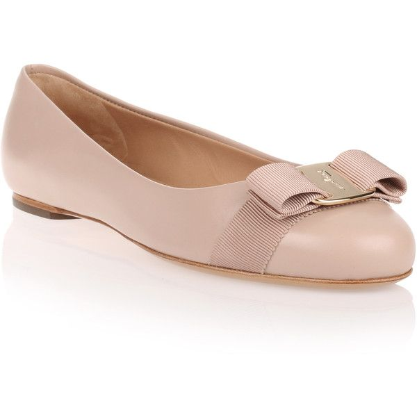 Salvatore Ferragamo Varina Beige Leather Ballerina (€455) ❤ liked on Polyvore featuring shoes, flats, beige, ballet shoes, ballet flat shoes, ballerina flats, flat pumps and leather ballet shoes