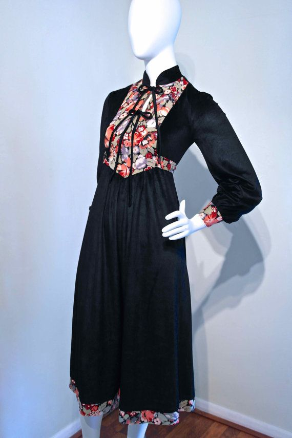 Vintage 1970s VELVET Folk Dress Printed by VicAndBertieVintage