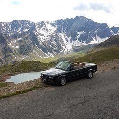 BMW Classics в Instagram: «Fabulous view by: @joel.e30 #BMW #BMWClassic #BMWe30 #BMWe30vert #BMWe30cabrio»