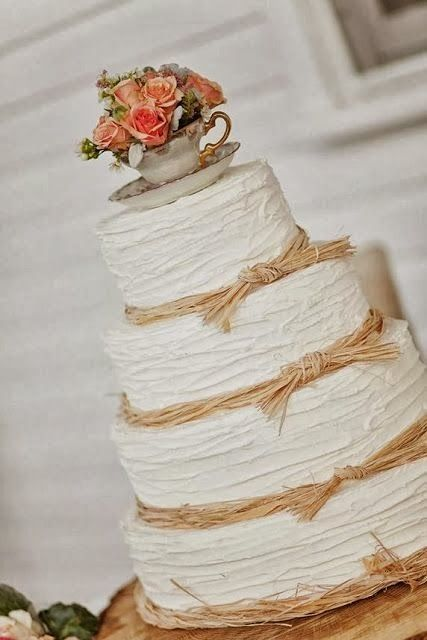 The topper is undeniably adorbs! Love the ... | A married lady is alw…