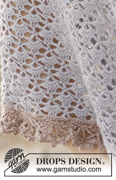 """Gehaakte DROPS omslagdoek van """"BabyAlpaca Silk"""". ~ DROPS Design"""