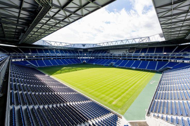 Resultado de imagen para suita football stadium