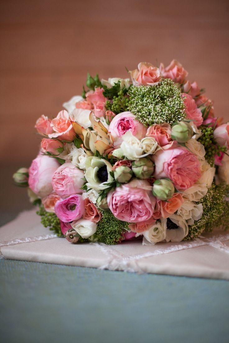 Einfaches haus design bilder einzigen stock  best frühling images on pinterest  floral arrangements flower