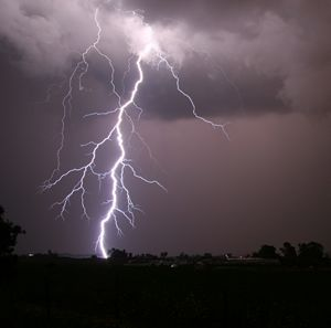 """Respect weather, especially lightning. """"If you hear it, clear it.  If you see it, flee it!""""Lightning Strike, Stormy Weather, I Love Thunderstorms, Safety Tips, Mothers Nature, Storms Clouds, Lights Show, Bright Lights, Severe Weather"""