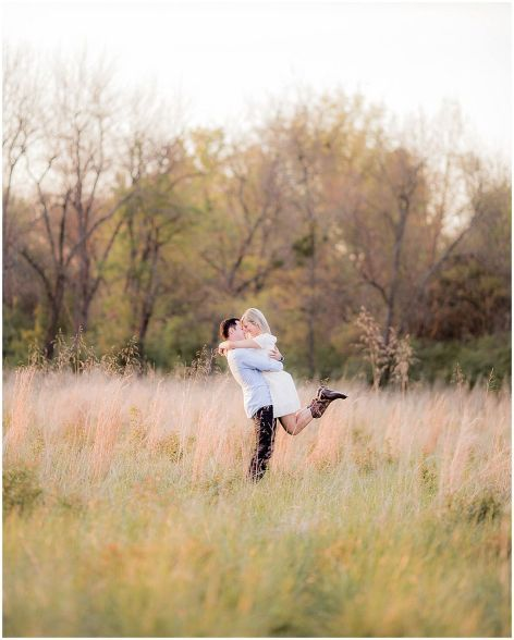 Beautiful rustic engagement picture 6