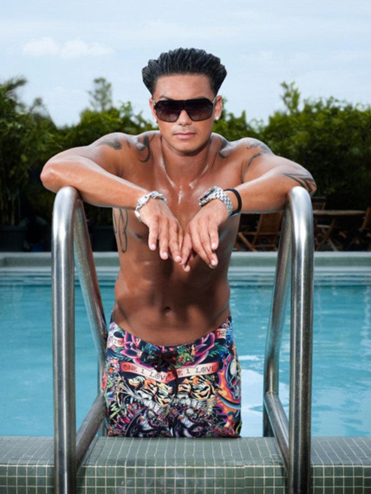 pauly d dress style through the decades