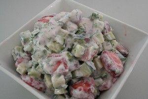 Agurk og jordbærsalat I 4