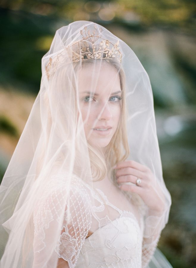 See Why Old World Glamour Is New Again Bridal VeilsWedding DressesWedding