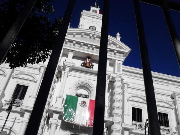 Tras vallas metálicas el gobierno de Sonora se prepara para el #Gritodeindependencia